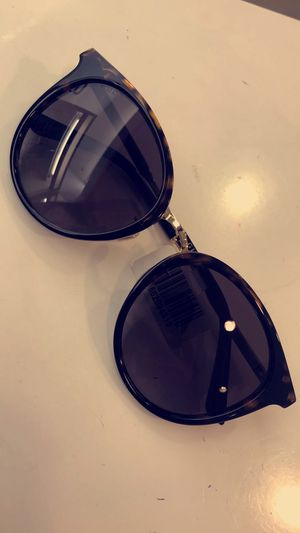 Gucci sunglasses for Sale in Lawrenceville, GA