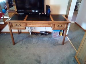 Beautiful office desk for Sale in Erie, PA