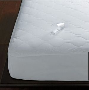 Twin Waterproof Mattress Pad Cover New for Sale in Colton, CA