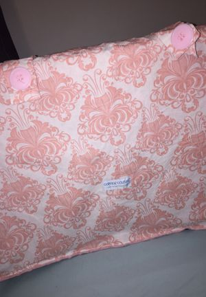 Plush Car seat cover for Sale in Rexburg, ID