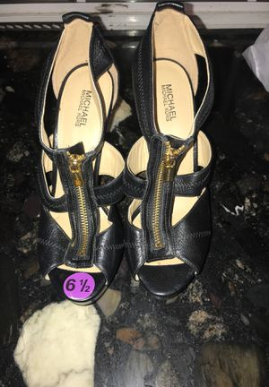 Michael kors high heels for Sale in Houston, TX