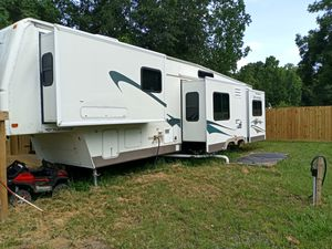 40'rv 5 slide out for Sale in Houston, TX
