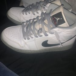 Jordan 1's size -8.5 for Sale in Bloomington,  IL
