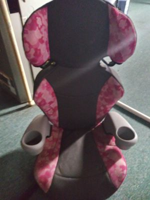 Booster seat & carseat for Sale in Columbus, OH