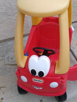 Push Car Kids With Feet Support. for Sale in Riverside,  CA