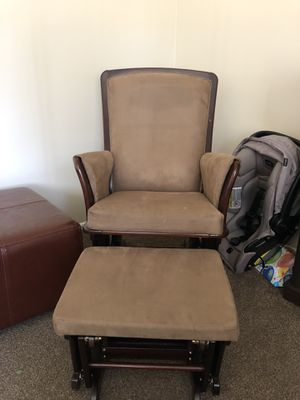 Microfiber Rocking chair great condition for Sale in Cottonwood Heights, UT