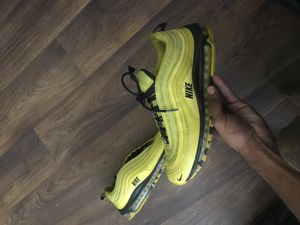 Size 12 Yellow Nike Air Max for Sale in Belvedere Park, GA