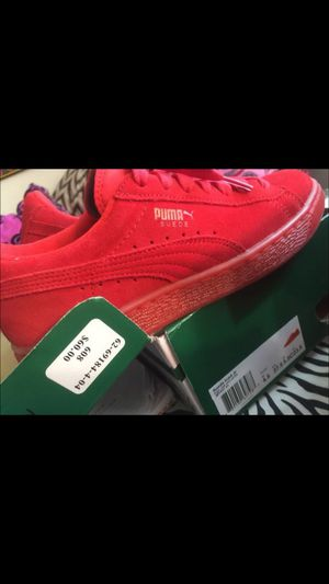 5.5 y or 7 womens red puma new in box! for Sale in Miami, FL