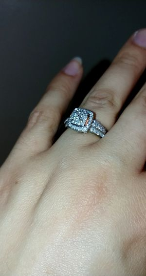 Engagement ring for Sale in Peoria, IL