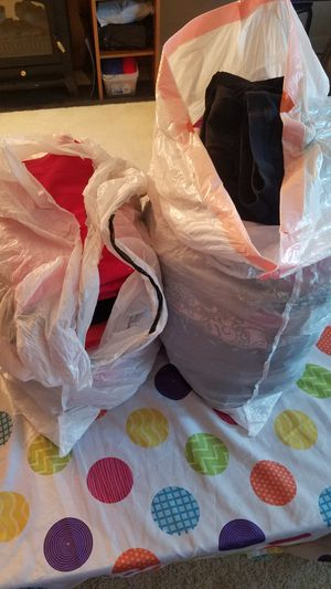 Clothes women Size L some M for Sale in Oak Lawn, IL