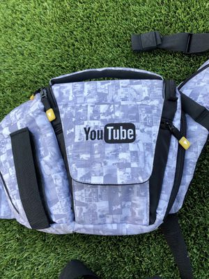 YouTube Vloggers Media Sling -Camera Bag for Sale in San Diego, CA
