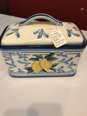 Vintage Design Inspirado Stonelite Pottery Bread Box for Sale in Washington, DC