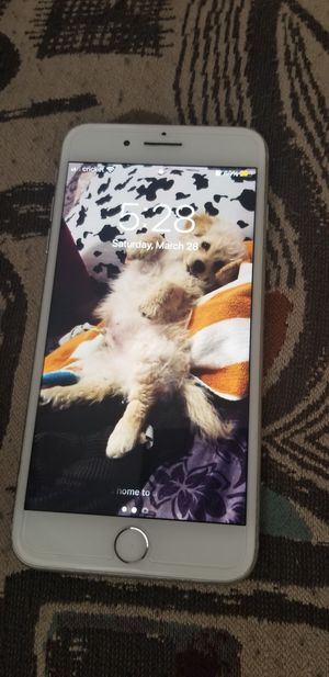 iPhone 8+ for Sale in Selma, CA