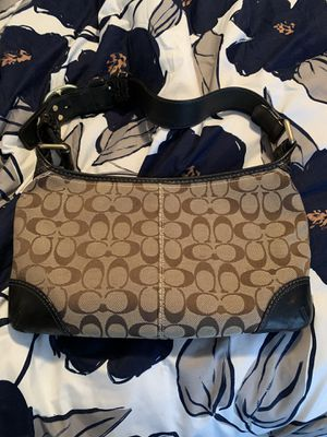 Coach Shoulder Bag for Sale in Lawrence, PA