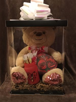 Valentine's Day with MakeUp Brushes for Sale in Chino Hills, CA