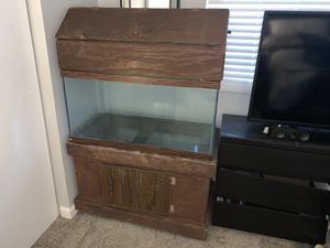 50 gallon aquarium with stand and hood for Sale in Mountlake Terrace, WA