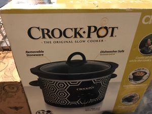 4.5 quart crock pot for Sale in Kissimmee, FL