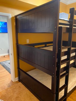 Bunk bed 3 floors for Sale in Chicago, IL