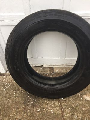 Toyo M120z 255 70R22.5 Tire for Sale in Peoria, IL