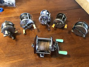 Vintage reels and fishing accessories Lot for Sale in Phoenix, AZ