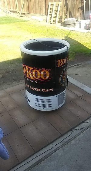 Cooler for Sale in Bakersfield, CA