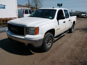 Gmc sierra crew cab PARTS for Sale in Philadelphia, PA