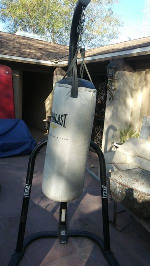 Punching bag n post for Sale in Phoenix, AZ