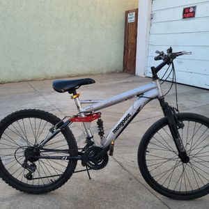 "24""MENS MONGOOSE MOUNTAIN BIKE for Sale in Huntington Park, CA"