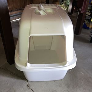 Cat Litter Box for Sale in Salinas, CA