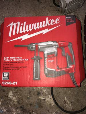 Milwaukee 5.5 Amp 5/8 in. Corded SDS-plus Concrete/Masonry Rotary Hammer Drill Kit with Case for Sale in North Miami, FL