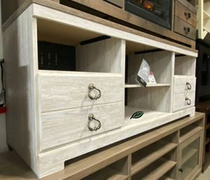 🆕️ Best OFFER 🍻🍾 Willowton Whitewash Large TV Stand | W267-68 319 for Sale in Jessup, MD