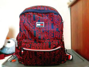 Tommy hilfiger backpack for Sale in Phoenix, AZ