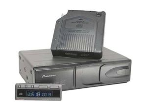 Pioneer 6CD Changer for Sale in Dickinson, ND