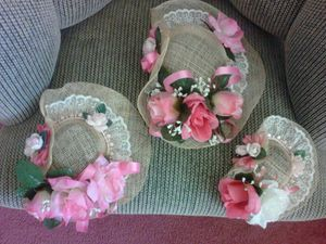 3-piece decorated hats for any wall decoration in bath room or bedroom or hallways . for Sale in Moreno Valley, CA