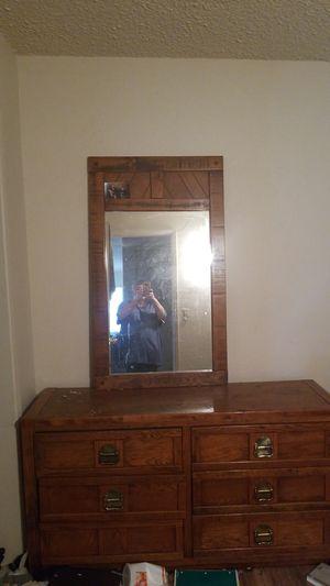Dresser with mirror for Sale in Stockton, CA