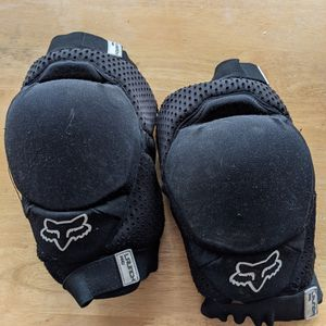 Fox Launch Pro Knee Pads for Sale in Trumbull, CT