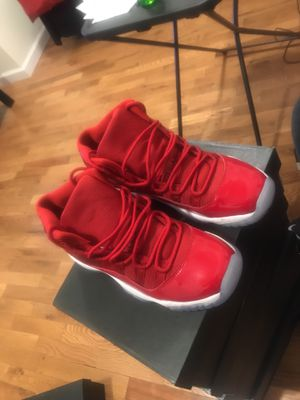 JORDAN 11's GYM RED for Sale in Bronx, NY