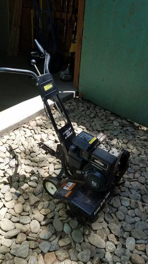 Poulan 5hp tiller for Sale in Townville, SC