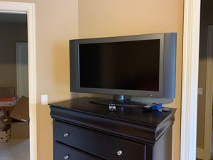 32 inch plasma tv for Sale in Issaquah, WA