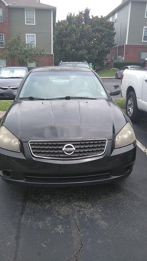 Nissan Altima 2005 motor nada tramision good $700 Humdred dollar for Sale in Nashville, TN