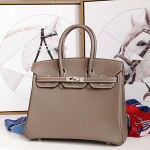 Hermes bag for Sale in Alafaya, FL