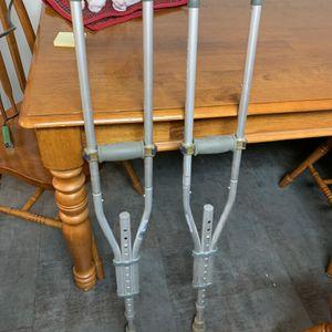 FREE Crutches for Sale in Allen Park, MI