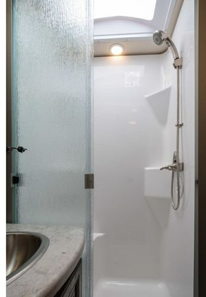 Barely used shower doors for rv 38 inches for Sale in Pemberton, NJ