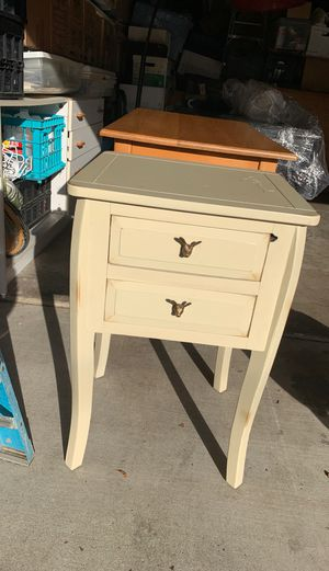 Side table for Sale in Alamo, CA