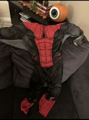 Free small costume for Sale in Fontana, CA