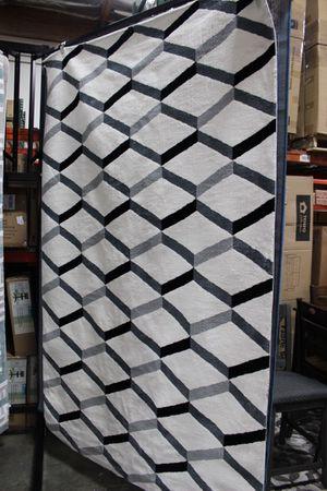 Sigrun Geometric Chevron 5 x 8 Area Rug, White & Black, R-1005A for Sale in Pico Rivera, CA