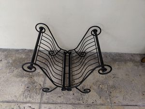 Iron magazine rack for Sale in Miami, FL
