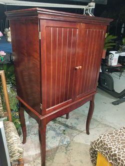 Bonito $80 for Sale in Pasadena,  CA