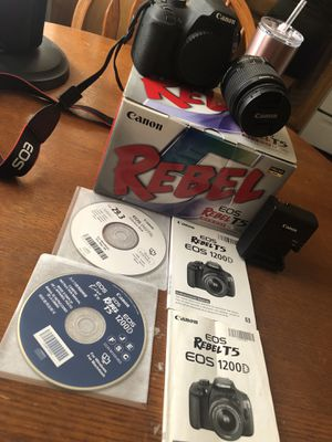 Canon eos rebel t5 for Sale in Clovis, CA