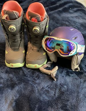 Snowboarding Gear (Will separate for $25 each) for Sale in Puyallup, WA